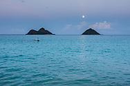 Full moon rising over the Mokulua Islands, Lanikai Beach, Kailua Bay, Oahu, Hawaii