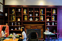 République d'Irlande, Dublin, Grafton Stree, Bewleys Oriental Cafet // Republic of Ireland; Dublin, Grafton Street, Bewleys Oriental Cafe