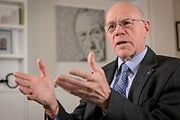 17 DEC 2019, BERLIN/GERMANY:<br /> Norbert Lammert, CDU, Vorsitzender der Konrad-Adenauer-Stiftung, KAS, waehrend einem Interview, in seinem Buero, Konrad-Adenauer-Stiftung<br /> IMAGE: 20191217-02-015<br /> KEYWORDS: Büro