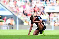 Henry Slade of Exeter Chiefs look dejected after the final whistle of the match - Mandatory by-line: Ryan Hiscott/JMP - 01/06/2019 - RUGBY - Twickenham Stadium - London, England - Exeter Chiefs v Saracens - Gallagher Premiership Rugby Final