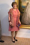 """Opening tentoonstelling 'Sisi, sprookje & werkelijkheid' te Paleis Het Loo. De tentoonstelling belicht het levensverhaal van Keizerin Elisabeth. Aan de hand van filmfragmenten, foto's, schilderijen en persoonlijke bezittingen worden haar jeugd, haar leven aan het Weense hof, haar kroning tot Koningin van Hongarije en de mythevorming rond haar persoon geïllustreerd.<br /> <br /> Opening exhibition """"Sisi, fairy tale and reality 'to Palace Het Loo. The exhibition highlights the life of Empress Elisabeth. On the basis of film clips, photographs, paintings and personal belongings are her childhood, her life at the Viennese court, her coronation as Queen of Hungary and the myths around her person illustrated.<br /> <br /> Op de foto/ On the Photo: Prinses Margriet"""