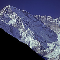 NEPAL, HIMALAYA. Cho Oyu, world's 8th hightest peak, Khumbu Region (8153m).