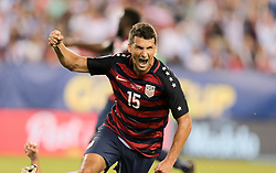 July 19, 2017 - Philadelphia, PA, USA - Philadelphia, PA - Wednesday July 19, 2017: Eric Lichaj celebrates his goal during a 2017 Gold Cup match between the men's national teams of the United States (USA) and El Salvador (SLV) at Lincoln Financial Field. (Credit Image: © John Dorton/ISIPhotos via ZUMA Wire)