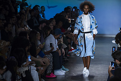 August 29, 2017 - Sao Paulo, Sao Paulo, Brazil - Aug, 2017 - Sao Paulo, Sao Paulo, Brazil - Fashion show parade LAB during Sao Paulo fashion week, edition N44, at the Bienal building in Ibirapuera park, in the south zone of the city, on Tuesday (29) (Credit Image: © Marcelo Chello/CJPress via ZUMA Wire)
