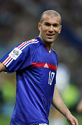 Oct 12, 2005; Paris, FRANCE; Action during the qualification game for the World Cup 2006 in Germany between France & Cyprus. France won 4-0. Pictured: ZINEDINE ZIDANE Mandatory Credit: Photo by A Mounic/ FEP/Panoramic/ZUMA Press. (©) Copyright 2005 by A Mounic/ FEP/Panoramic
