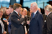 Koning Willem-Alexander opent de tentoonstelling Willem in het Nationaal Militair Museum in Soesterberg.<br /> <br /> King Willem-Alexander opens the exhibition Willem in the National Military Museum in Soesterberg.<br /> <br /> Op de foto/ On the photo:  Koning Willem Alexander en Martin Schröder