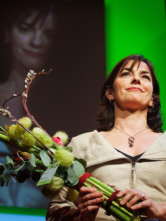 Nederland, Utrecht, 11 febr 2012.Congres Groen Links. Jolande Sap, fraktievoorzitter, na haar speech tijdens partijcongres, neemt applaus in ontvangst..Foto (c): Michiel Wijnbergh