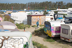 """Calais, Pas-de-Calais, France - 16.10.2016    <br />     <br />  """"Jungle"""" refugee camp on the outskirts of the French city of Calais. Many thousands of migrants and refugees are waiting in some cases for years in the port city in the hope of being able to cross the English Channel to Britain. French authorities announced that they will shortly evict the camp where currently up to up to 10,000 people live.<br /> <br /> """"Jungle"""" Fluechtlingscamp am Rande der franzoesischen Stadt Calais. Viele tausend Migranten und Fluechtlinge harren teilweise seit Jahren in der Hafenstadt aus in der Hoffnung den Aermelkanal nach Großbritannien ueberqueren zu koennen. Die franzoesischen Behoerden kuendigten an, dass sie das Camp, indem derzeit bis zu bis zu 10.000 Menschen leben Kürze raeumen werden. <br /> <br /> Photo: Bjoern Kietzmann"""