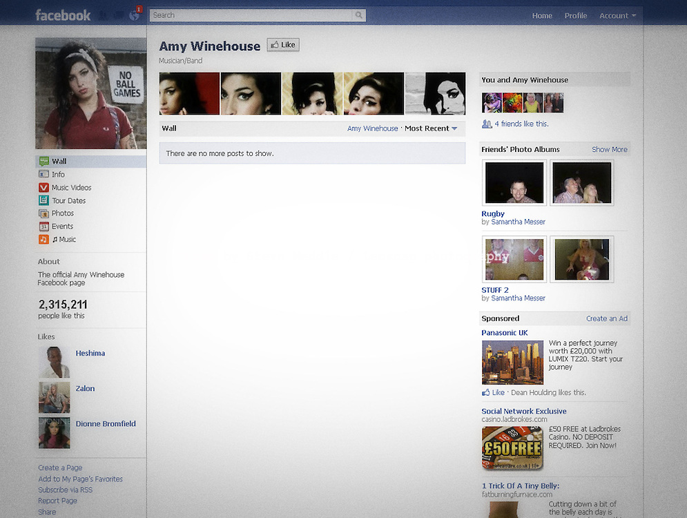 The Facebook Fan Page of Amy Winehouse where fans have been leaving messages of condolence after learning of her death this afternoon - 23 July 2011