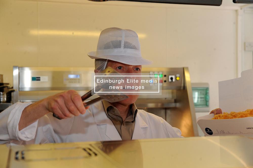 Willie Rennie, St Andrews, 24-4-2017<br /> <br /> Willie Rennie learns how to make fish and chips at Cromars in St Andrews<br /> <br /> (c) David Wardle   Edinburgh Elite media