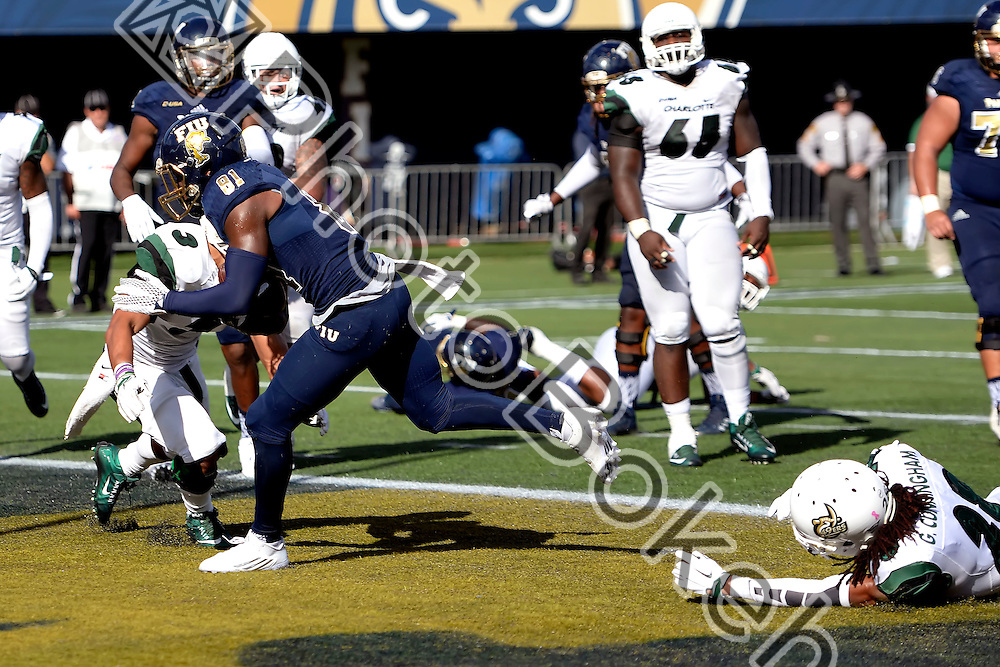 2015 November 07 - FIU's Thomas Owens (81). Florida International University defeated Charlotte, 48-31, at Ocean Bank Field, Miami, Florida. (Photo by: Alex J. Hernandez / photobokeh.com) This image is copyright by PhotoBokeh.com and may not be reproduced or retransmitted without express written consent of PhotoBokeh.com. ©2015 PhotoBokeh.com - All Rights Reserved