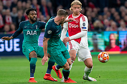 08-05-2019 NED: Semi Final Champions League AFC Ajax - Tottenham Hotspur, Amsterdam<br /> After a dramatic ending, Ajax has not been able to reach the final of the Champions League. In the final second Tottenham Hotspur scored 3-2 / Kasper Dolberg #25 of Ajax, Toby Alderweireld #4 of Tottenham Hotspur, Danny Rose #3 of Tottenham Hotspur