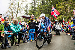 September 20, 2017 - Bergen, NORWAY - 170920 Chris Froome of Great Britain competes during the Men Elite Individual Time Trial on September 20, 2017 in Bergen..Photo: Vegard Wivestad GrÂ¿tt / BILDBYRN / kod VG / 170018 (Credit Image: © Vegard Wivestad Gr¯Tt/Bildbyran via ZUMA Wire)