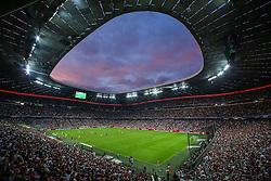 04.08.2015, Allianz Arena, Muenchen, GER, AUDI CUP, FC Bayern Muenchen vs AC Mailand, im Bild Innenansicht der Allianz Arena mit Zuschauern und Spielern // during the 2015 Audi Cup Match between FC Bayern Muenchen and AC Mailand at the Allianz Arena in Muenchen, Germany on 2015/08/04. EXPA Pictures © 2015, PhotoCredit: EXPA/ Eibner-Pressefoto/ Schüler<br /> <br /> *****ATTENTION - OUT of GER*****
