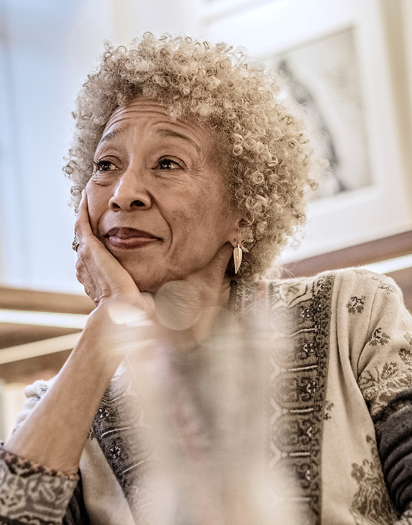 Nederland. Amsterdam, 04-11-2017. Photo: Patrick Post.  Portrait of Margo Lillian Jefferson, a former theatre critic at The New York Times[1] and a professor at Eugene Lang College The New School for Liberal Arts.