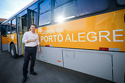 O Prefeito Nelson Marchezan Junior durante vistoria Técnica do Ônibus 0001 para liberação da produção da Nova Frota Carris FOTO: Jefferson Bernardes/ PMPA