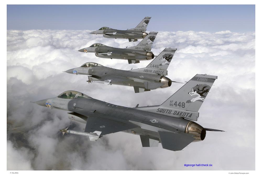 F-16s in flight formation