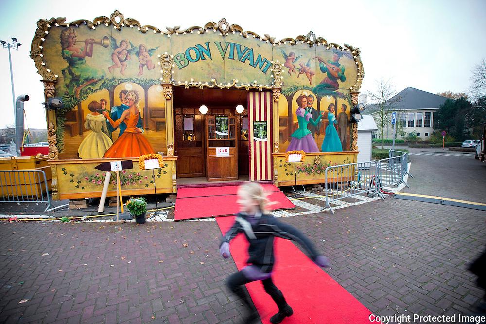 370067-Bloemenexpositie 'Beyond Imagination! van Stef Adriaenssens in Zwartzusterklooster Lier