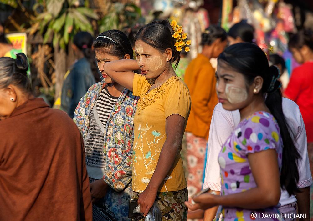 At the market in Gyeiktaw Village.