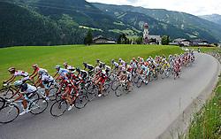 05.07.2011, AUT, 63. OESTERREICH RUNDFAHRT, 3. ETAPPE, KITZBUEHEL-PRAEGRATEN, im Bild das Feld mit Fredrik Kessiakoff, (SWE, Pro Team Astana) beim Anstieg zur Pustertaler Hoehenstraße // during the 63rd Tour of Austria, Stage 3, 2011/07/05, EXPA Pictures © 2011, PhotoCredit: EXPA/ S. Zangrando