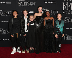 Maleficent: Mistress of Evil Premiere. 30 Sep 2019 Pictured: Knox Jolie-Pitt, Zahara Marley Jolie-Pitt, Pax Thien Jolie-Pitt, Angelina Jolie, Vivienne Marcheline Jolie-Pitt, and Shiloh Nouvel Jolie-Pitt. Photo credit: Jen Lowery / MEGA TheMegaAgency.com +1 888 505 6342