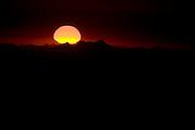 Alto Caparao_MG, Brasil...Amanhecer no Pico da Bandeira no Parque Nacional Serra do Caparao...The sunsire in Pico da Bandeira at Serra do Caparao National Park...Foto: LEO DRUMOND / NITRO