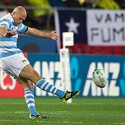 Argentinian captain Filipe Contepomi kicks a penalty during the Argentina V Scotland, Pool B match at the IRB Rugby World Cup tournament. Wellington Regional Stadium, Wellington, New Zealand, 25th September 2011. Photo Tim Clayton...