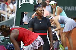 June 3, 2018 - Paris, France - Serena Williams (USA) et sa soeur Venus Williams  (Credit Image: © Panoramic via ZUMA Press)