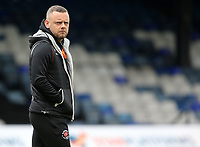 Blackpool's Jay Spearing surveys the surrounding at Kenilworth Road before kick off<br /> <br /> Photographer David Shipman/CameraSport<br /> <br /> The EFL Sky Bet League One - Luton Town v Blackpool - Saturday 6th April 2019 - Kenilworth Road - Luton<br /> <br /> World Copyright © 2019 CameraSport. All rights reserved. 43 Linden Ave. Countesthorpe. Leicester. England. LE8 5PG - Tel: +44 (0) 116 277 4147 - admin@camerasport.com - www.camerasport.com