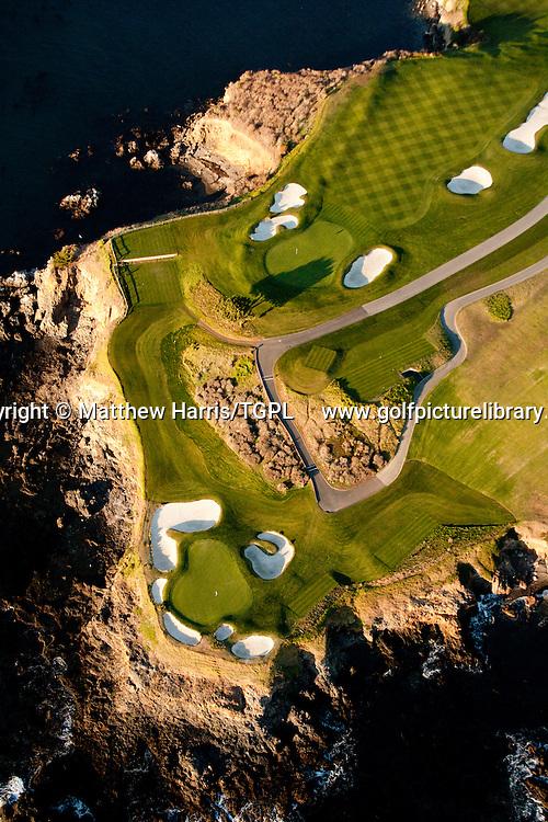 Pebble Beach Golf  Links venue for the 2010 US Open Championships,Pebble Beach,California,USA.6th par 5 and 7th par 3.