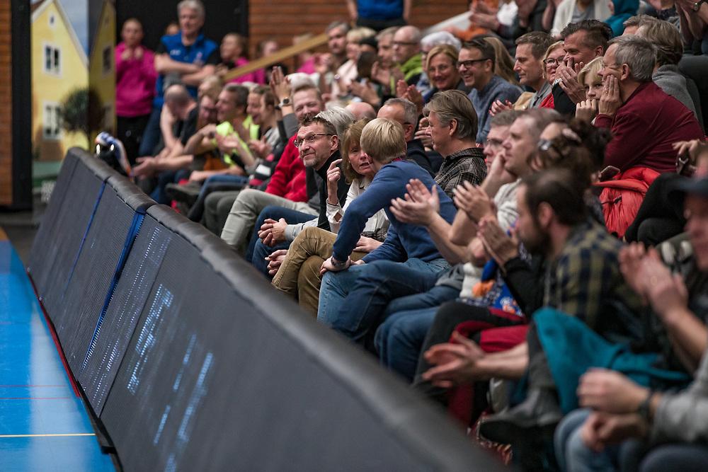 BASKETLIGAN 2019-11-18<br /> 1576 besökare i Sporthallen njöt av segern under måndagens match i basketligan mellan Jämtland Basket och Djurgården<br /> <br /> Foto: Per Danielsson/Projekt.P
