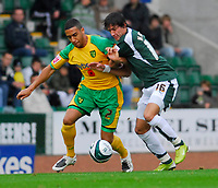 Photo: Leigh Quinnell/Sportsbeat Images.<br /> Plymouth Argyle v Norwich City. Coca Cola Championship. 10/11/2007. Norwichs' Lee Croft battles with Plymouths Peter Halmosi.