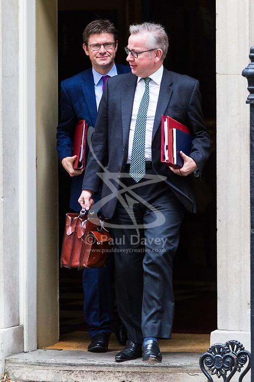 London, October 24 2017. Attorney General Jeremy Wright (left) and Secretary of State for Environment, Food and Rural Affairs Michael Gove leave the UK cabinet meeting at Downing Street. © Paul Davey
