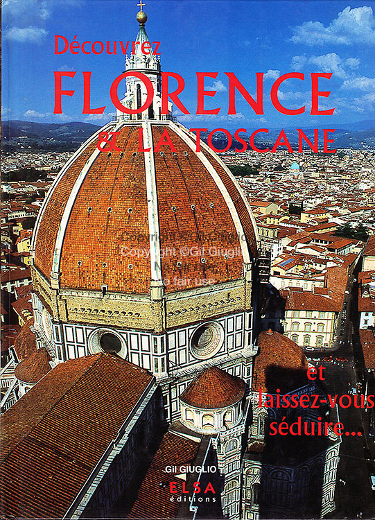 All photos in this book (195 pictures) are by Gil Giuglio. Work ordered by the publisher. Works according to graphic charts and itineraries imposed by the publishers