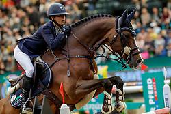 TEBBEL Justine (GER), Light Star<br /> Leipzig - Partner Pferd 2020<br /> Championat von Leipzig<br /> Springprfg. mit Stechen, international<br /> Höhe: 1.50 m<br /> 18. Januar 2020<br /> © www.sportfotos-lafrentz.de/Stefan Lafrentz