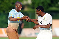 FOOTBALL - PUMA AFRICAN UNITY EXPERIENCE - 28/05/2010 - STEPHANE MBIA (CAM) - ASAMOAH GYAN (GHA)<br /> PHOTO : FRANCK FAUGERE / DPPI