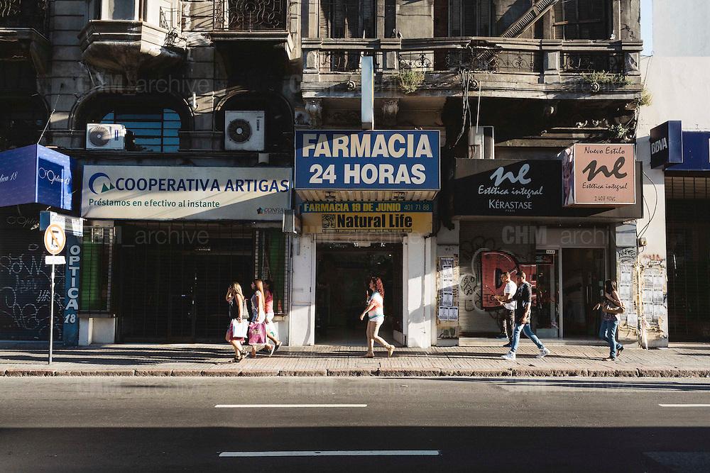 Le farmacie, con la legalizzazione della marijuana, saranno autorizzate per la vendita al cittadino. Montevideo, 18 dicembre 2015.  Christian Mantuano / OneShot