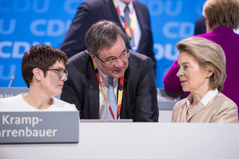 26 FEB 2018, BERLIN/GERMANY:<br /> Annegret Kramp-Karrenbauer, CDU, desig. Generalsekretaerin, Armin Laschet, CDU, Ministerpraesident Nordrhein-Westfalen, Ursula von der Leyen, CDU, Bundesverteidigungsministerin, (v.L.n.R.), CDU Bundesparteitag, Station Berlin<br /> IMAGE: 20180226-01-160<br /> KEYWORDS: Party Congress, Parteitag, Gespräch