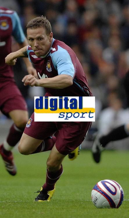 Photo: Richard Lane/Sportsbeat Images.<br />Milton Keynes Dons v West Ham United. Pre Season Friendly. 25/07/2007. <br />West Ham's Craig Bellamy.