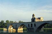 Pont Saint Benezet, d'Avignon. Avignon. Rhone Valley, France