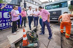 Porto Alegre, RS - 21/02/2020: Visita as obras de nivelamento das tampas de boeiro na Rua Ramiro Barcelos. Foto: Jefferson Bernardes/PMPA