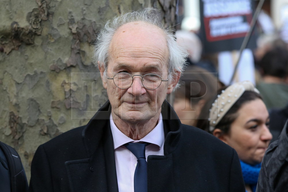 © Licensed to London News Pictures. 22/02/2020. London, UK. JOHN SHIPTON, JULIAN ASSANGE'S father joins with the campaigners for Wikileaks founder JULIAN ASSANGE during a rally outside Australia House, Strand, demanding that ASSANGE should not be extradited to the USA. JULIAN ASSANGE faces 18 charges in the United States including conspiring to hack government computers and violating an espionage law. His extradition trial begins at Woolwich Crown Court on Monday, 24 February 2020. Photo credit: Dinendra Haria/LNP