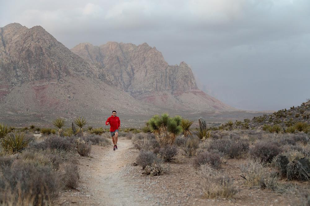 Tim Banfield trail running Mustang Loop in Cottonwood Canyon, Las Vegas, Nevada