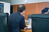 22 MAR 2017, BERLIN/GERMANY:<br /> Heiko Maas, SPD, Bundesjustizminister, vor Beginn der Kabinettsitzung, Bundeskanzleramt<br /> IMAGE: 20170322-01-006<br /> KEYWORDS: Kabinett, Sitzung