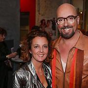 NLD/Den Haag/20130403 - Premiere de Huisvrouwenmonologen, Maik de Boer en zus