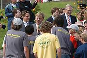 On Queensday, april 30th the Queen attends the celebrations of Queensday in Scheveningen near the Hague.<br /> This is her 25th jubilee.<br /> <br /> Op Koninginnedag, 30 april, is de Koningin  's Middags aanwezig metn en haar familie het koninginnedagfeest mee te vierten in Scheveningen.<br /> <br /> On The photo / On the Photo;<br /> <br /> <br /> Princes Maxima and Prince Willem Alexander in conversation with Young Scaters/scaterborders / Princes Maxima en Willem Alexander in gesprek met skaters en scateborders.