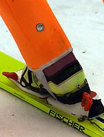 Hopp, 01.12.2001 Titisee-Neustadt, Deutschland,<br />Die Plombe am Anzug eines Skispringers am Samstag (01.12.2001) beim Weltcup Skispringen in Titisee-Neustadt, Schwarzwald.<br />Foto: JAN PITMAN/Digitalsport