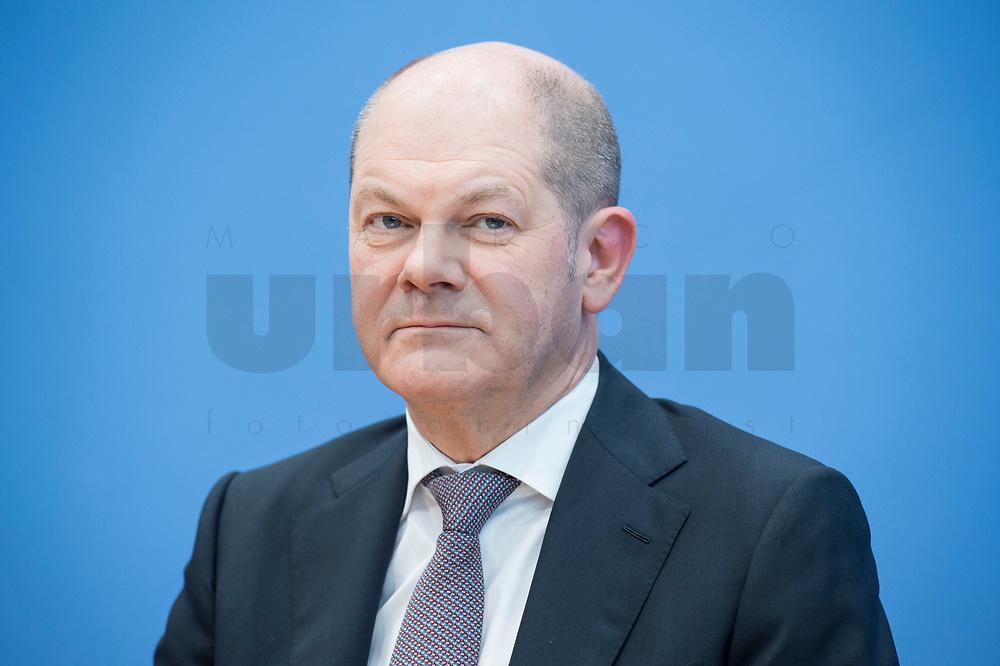 12 MAR 2018, BERLIN/GERMANY:<br /> Olaf Scholz, SPD, desig. Bundesfinanzminister, waehrend einer Pressekonferenz zum Koalitionsvertrag der CDU/CSU und SPD, Bundespressekonferenz<br /> IMAGE: 20180312-01-042