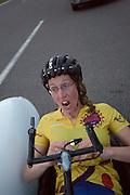 In Schipkau finisht Ellen van Vugt de uurrecordpoging voor vrouwen. Het record wordt niet gereden, maar ze haalt wel een persoonlijk record.<br /> <br /> In Schipkau Ellen van Vugt finishes the hour speed record attempt for women. She won't break the record, but sets a new personal record.