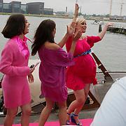 NLD/Amsterdam/20080803 - Babyshower voor Bridget Maasland,